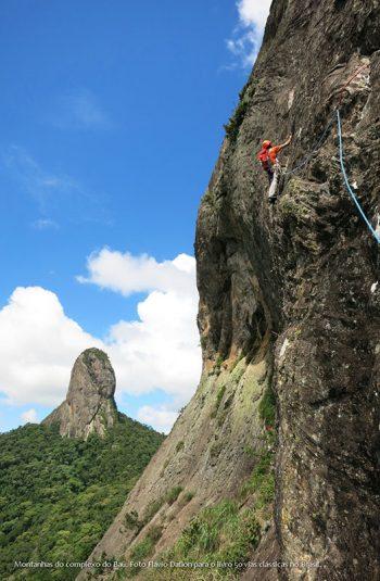Guia de Escaladas da Pedra do Baú